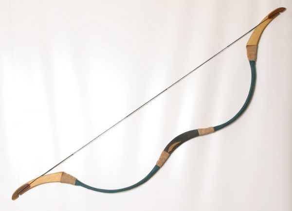 Traditional Hungarian recurve bow T/100-406