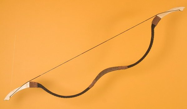 Traditional Mongolian recurve bow T/161-0